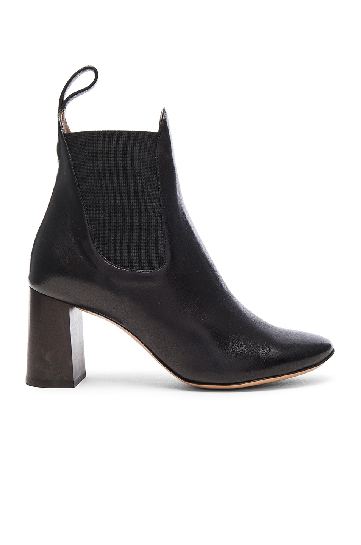 f1f1c0b105 Chloe Leather Harper Ankle Boots in Black | FWRD