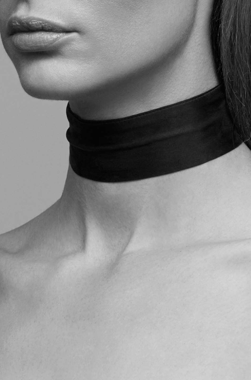 Image 3 of ERTH Silk Neck Scarf Choker in Black