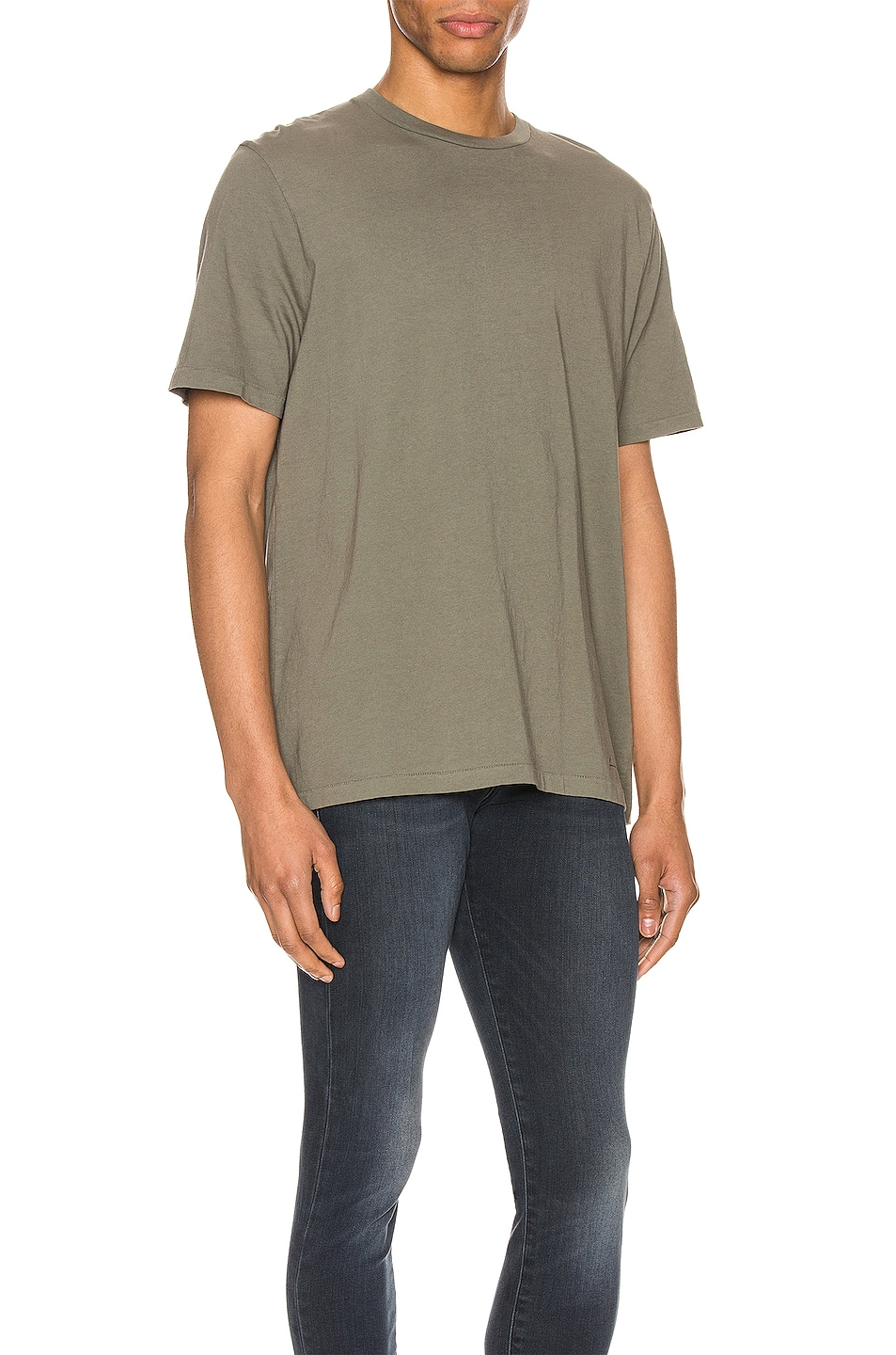 Image 2 of FRAME Perfect Tee in Deep Army