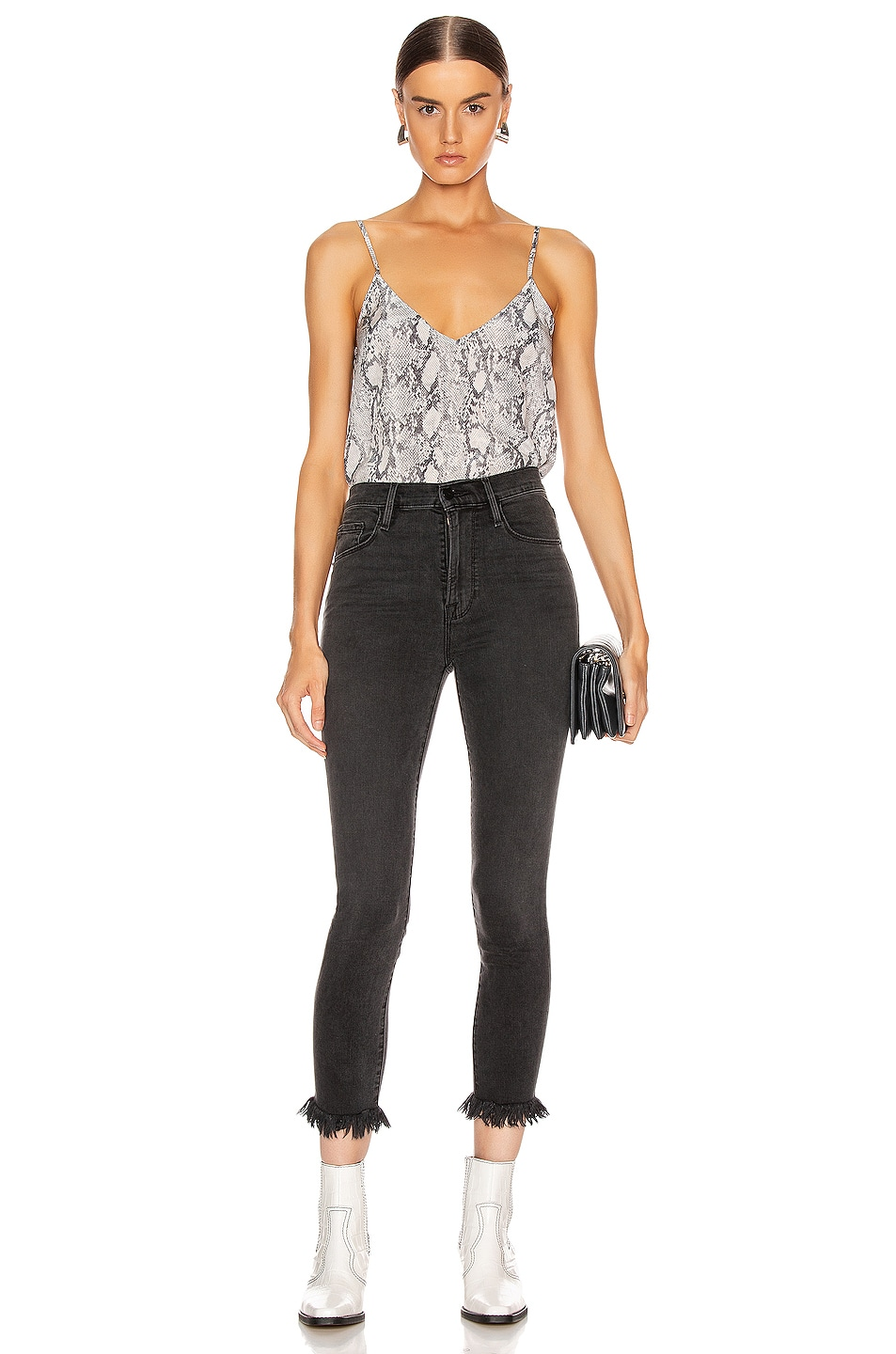 Image 4 of FRAME Classic Cami in Gris Multi