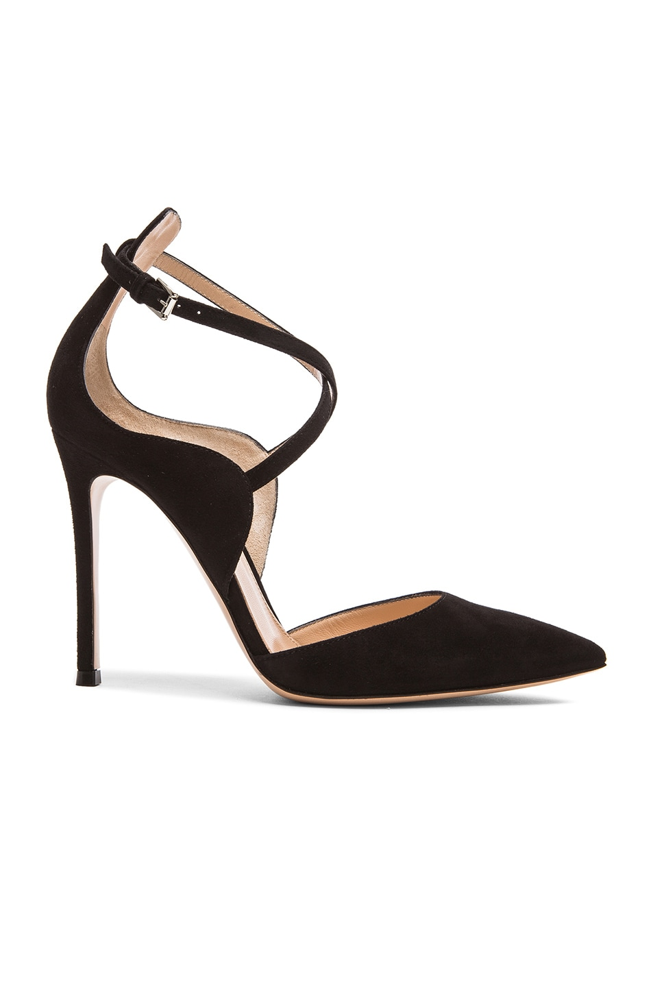 Gianvito Rossi Pointed buckle pumps j5vE4WRsNI