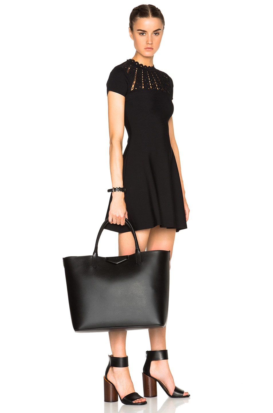 Image 2 of Givenchy Large Smooth Leather Antigona Shopping Bag in Black 685de78d35