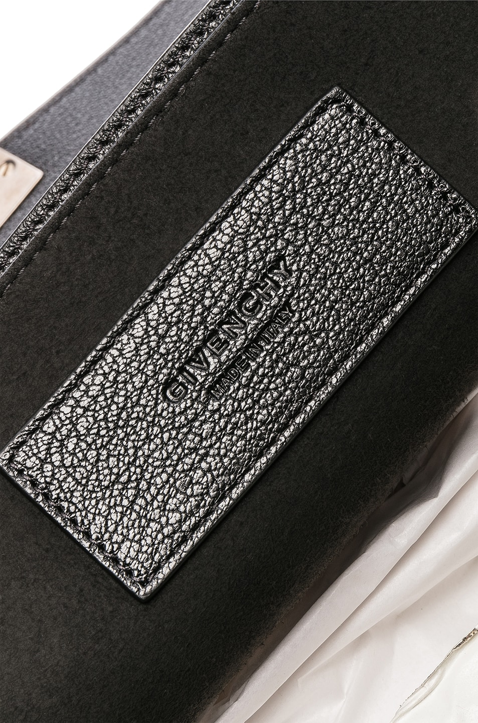 Image 7 of Givenchy Medium Leather GV3 in Black