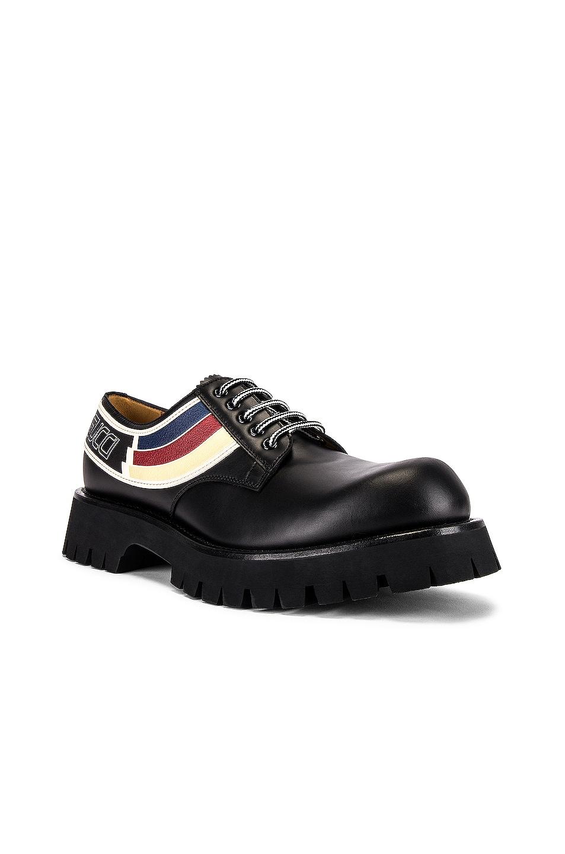 Image 1 of Gucci Oliver Shoe in Black & Ivoire