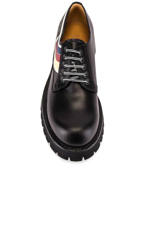 Image 4 of Gucci Oliver Shoe in Black & Ivoire