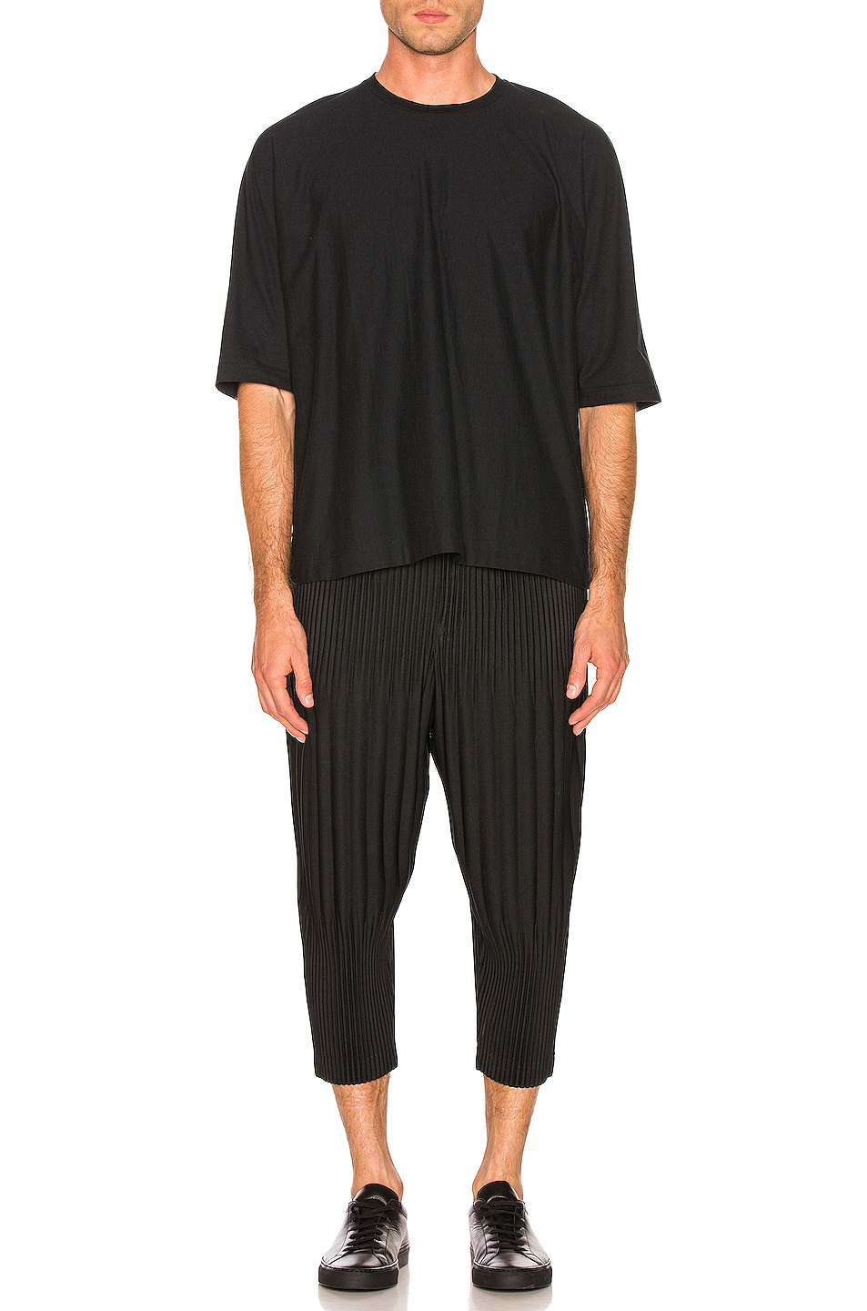 Image 4 of Issey Miyake Homme Plisse Release T in Black