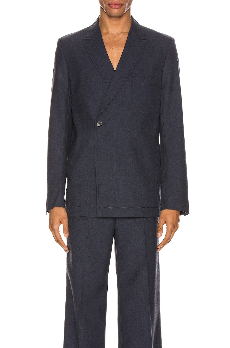 Image 1 of JACQUEMUS Blazer in Navy