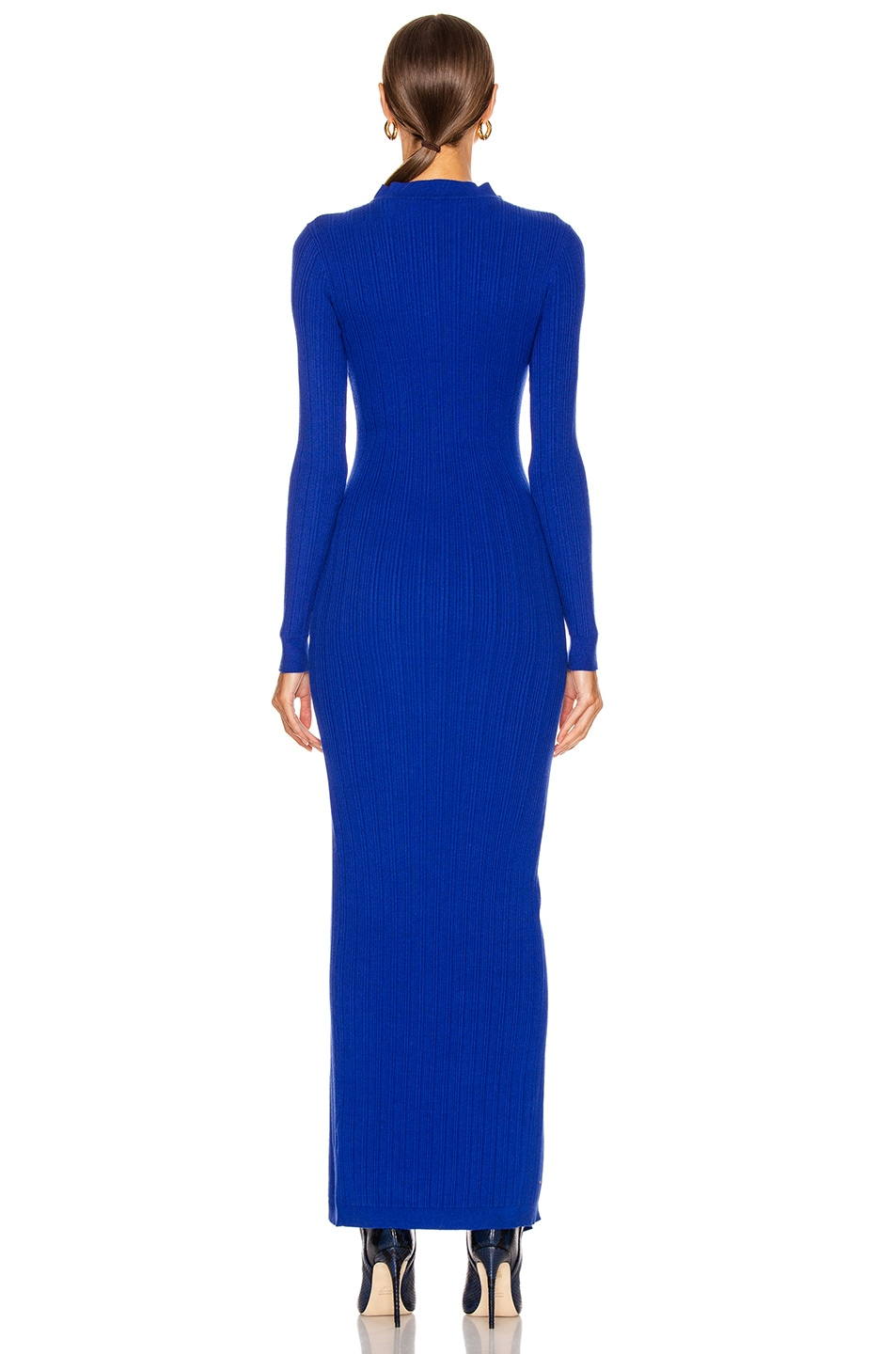 Image 4 of JACQUEMUS La Robe Maille Azur in Blue