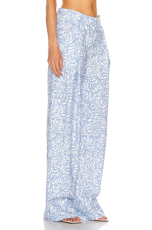 Image 2 of JACQUEMUS Le Pantalon Loya in Print Blue Flowers
