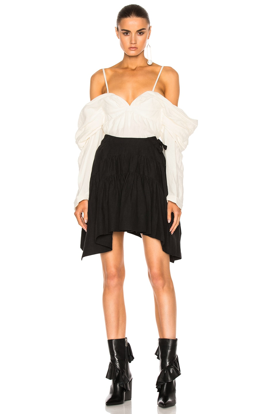 Image 5 of J.W. Anderson Off The Shoulder Top in Off White