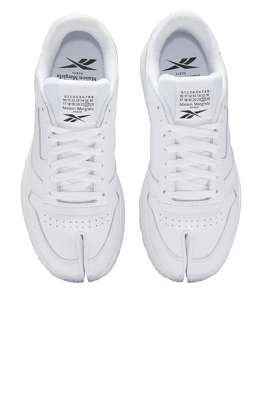 Image 1 of MAISON MARGIELA x REEBOK Project 0 Classic Leather Tabi in White