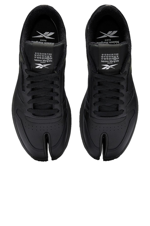 Image 1 of MAISON MARGIELA x REEBOK Project 0 Classic Leather Tabi in Black