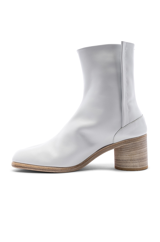 Image 5 of Maison Margiela Ankle Tabi in White