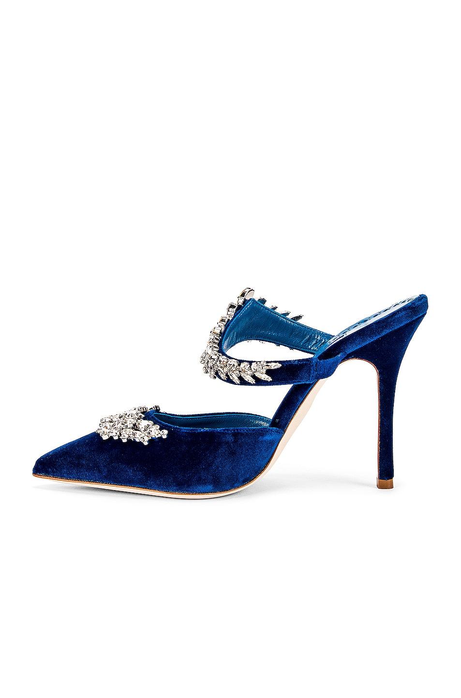 Image 5 of Manolo Blahnik Lurum 105 Velvet Heel in Blue