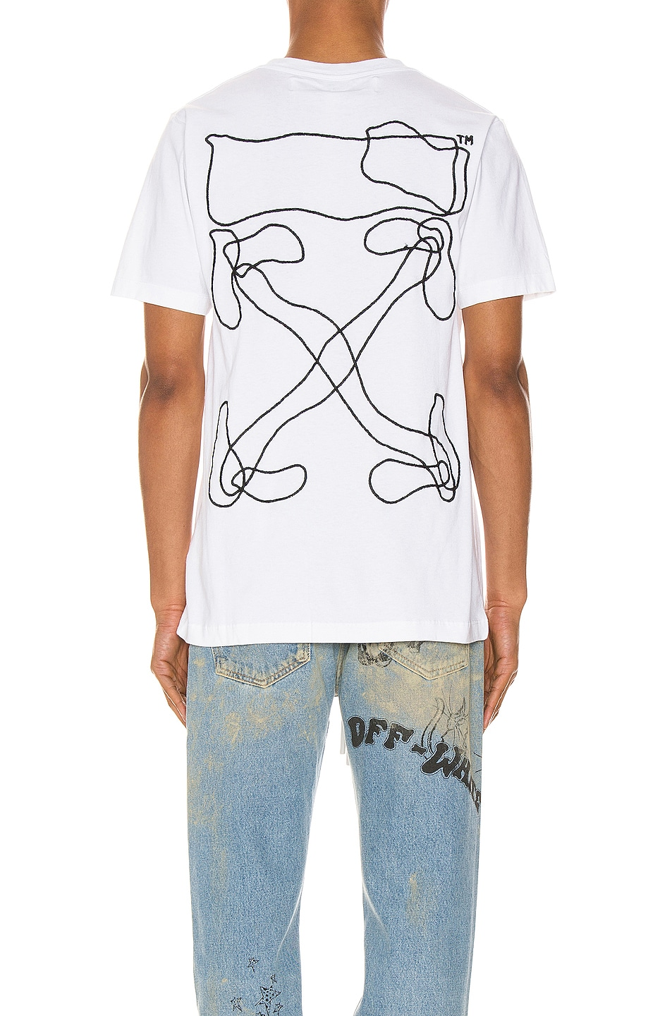 Image 4 of OFF-WHITE Abstract Arrows Tee in White & Black