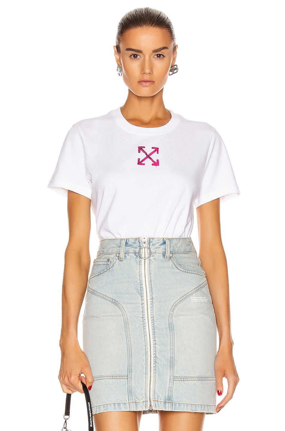 Image 1 of OFF-WHITE Painted Arrow Casual Tee in White