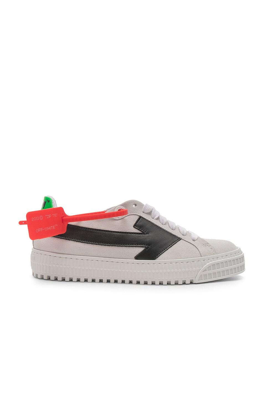 Image 1 of OFF-WHITE Arrow Sneaker in White & Black