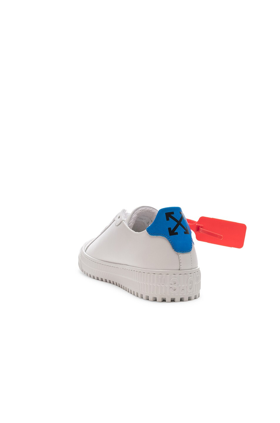 Image 3 of OFF-WHITE Arrow Sneaker in White & Blue