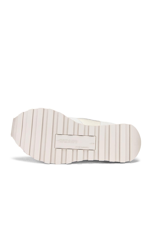 Image 6 of OFF-WHITE Runner Sneaker in White