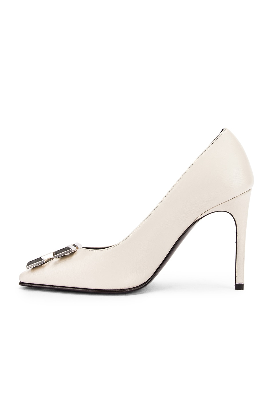 Image 5 of OFF-WHITE Arrow Pump in Ice Grey