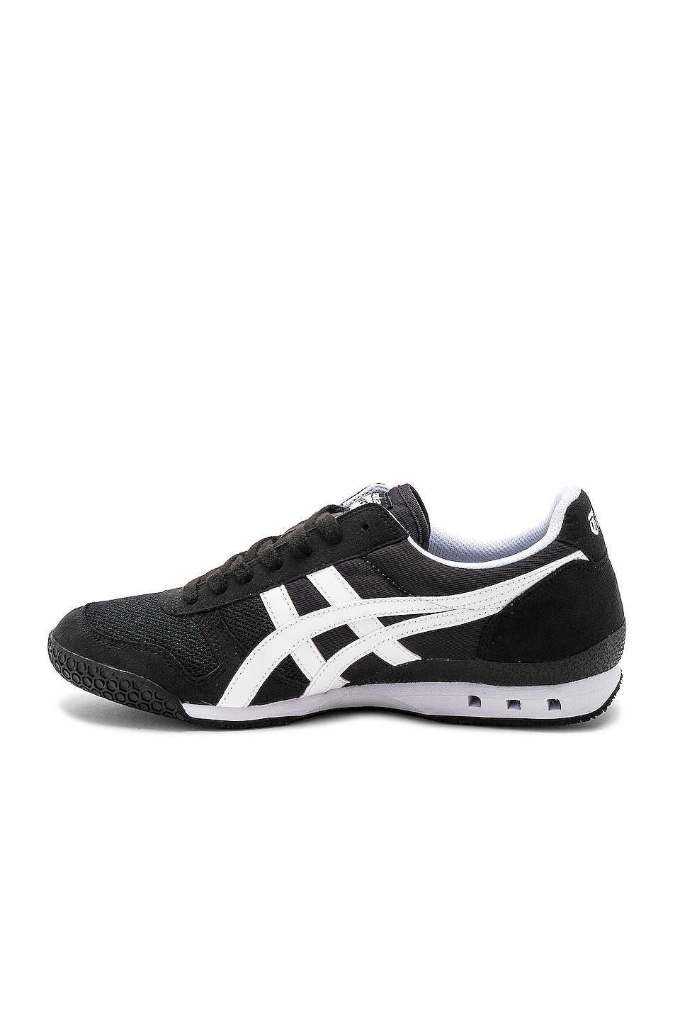 Image 5 of Onitsuka Tiger Ultimate 81 in Black & White
