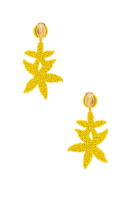 Image 3 of Oscar de la Renta Double Starfish Earrings in Citron