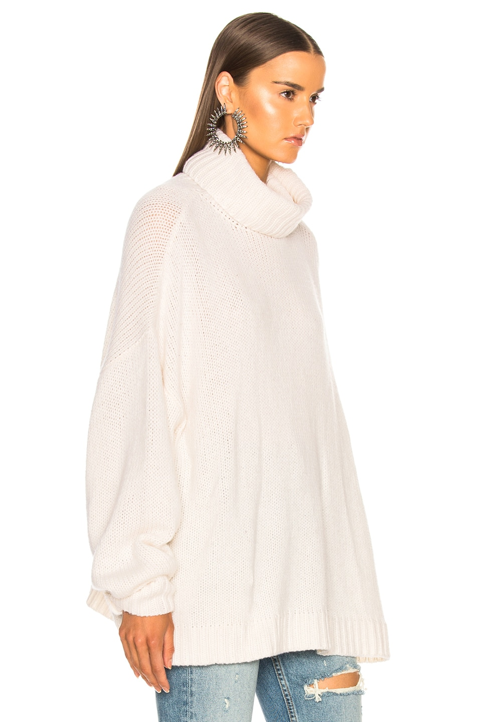 Image 2 of R13 Boyfriend Cashmere Turtleneck Sweater in Ecru