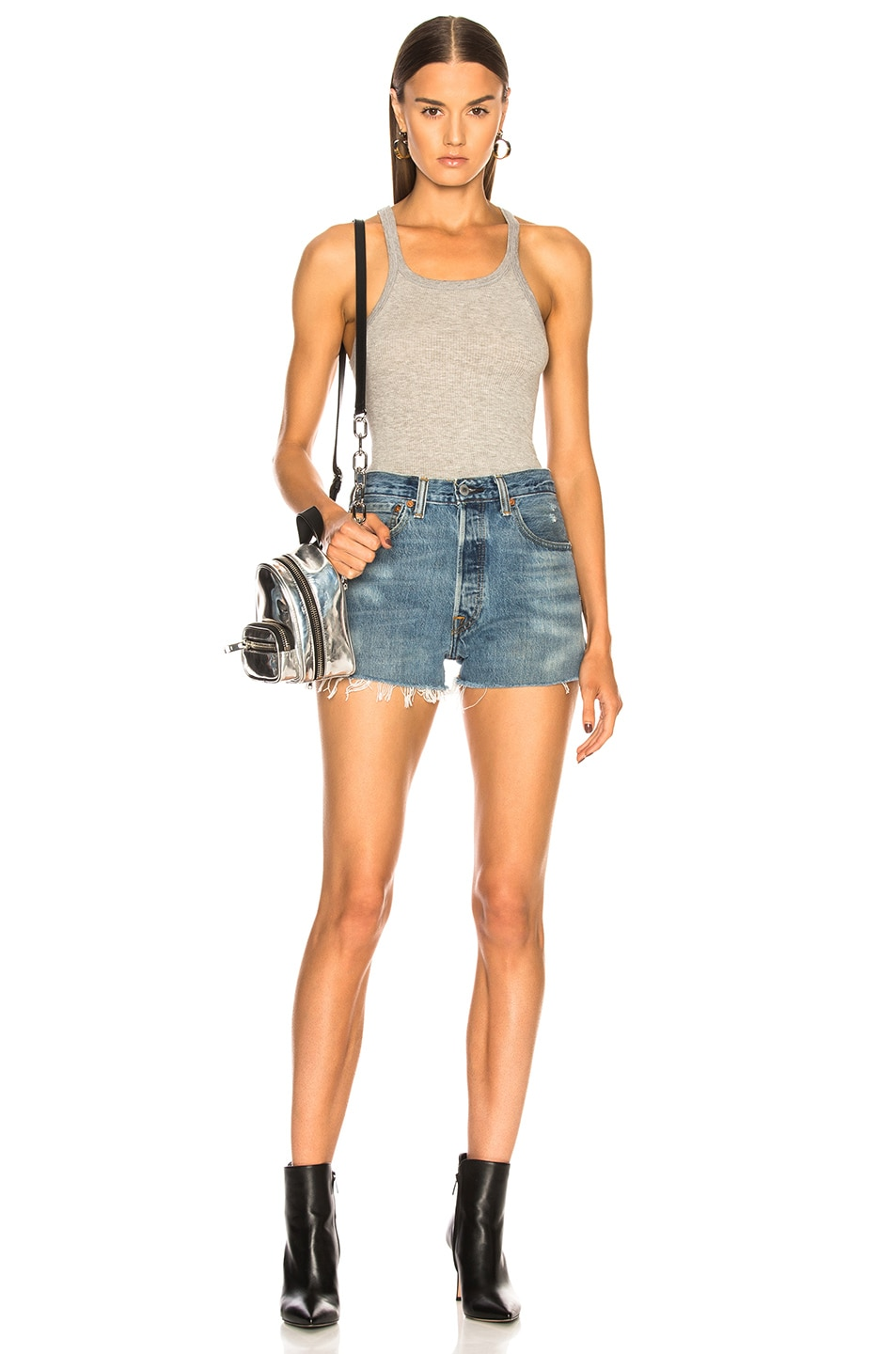 Image 4 of RE/DONE Side Zip Levi's Denim Short in Indigo