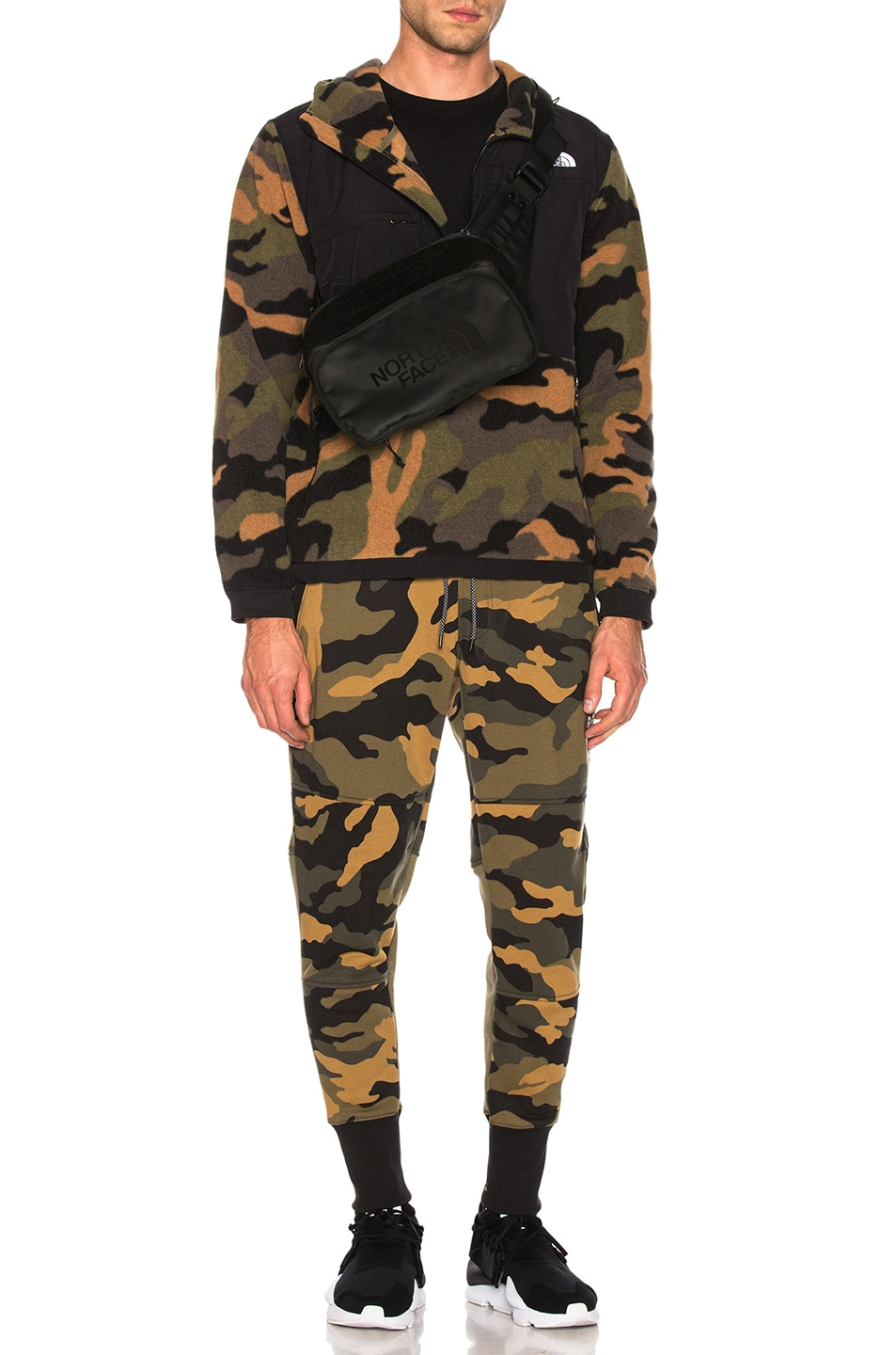 Image 5 of The North Face Denali Anorak in Burnt Olive Green Woods Camo Print