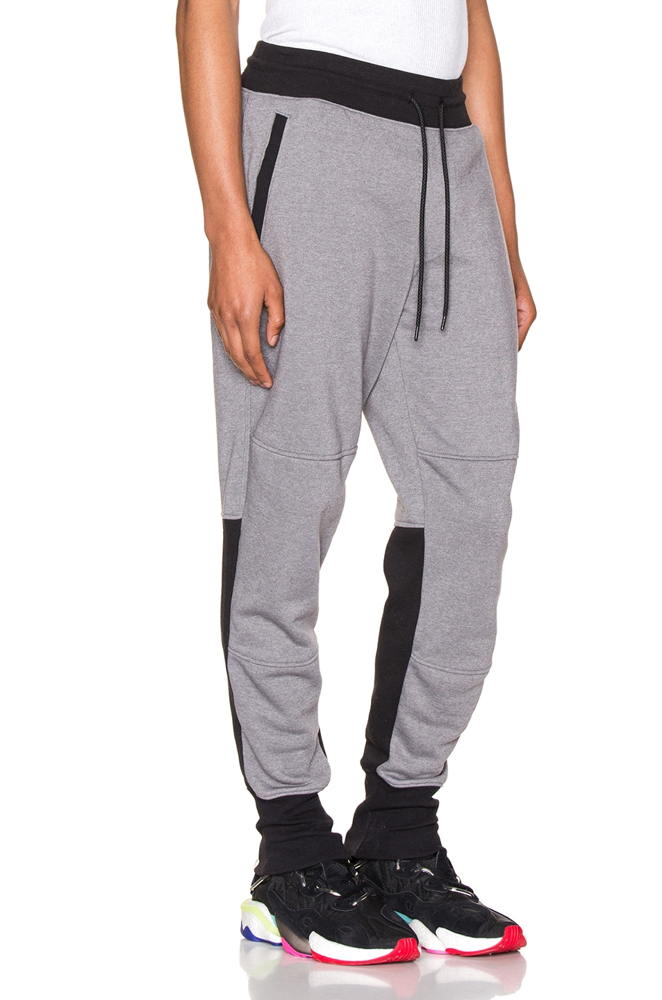 Image 3 of The North Face NSE Graphic Pant in TNF Medium Grey Heather