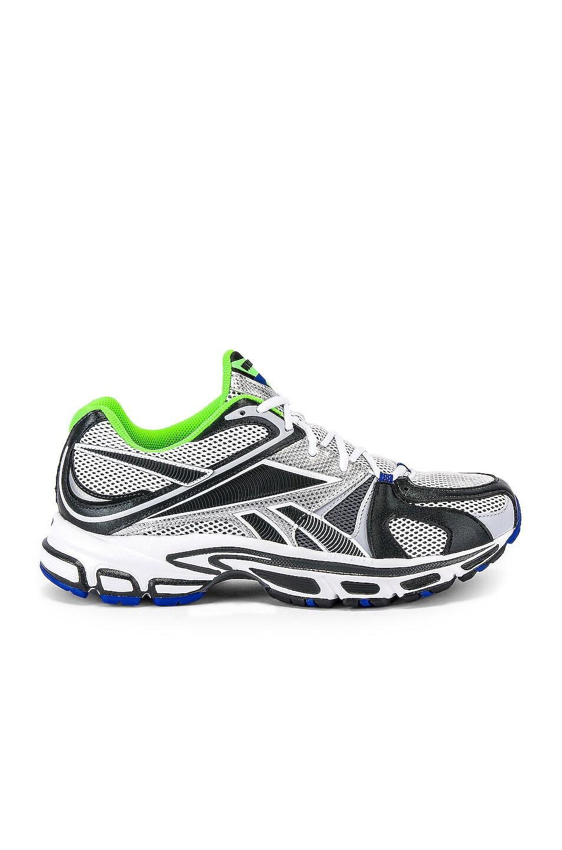 Vetements Sneakers Spike Runner 200 Sneaker