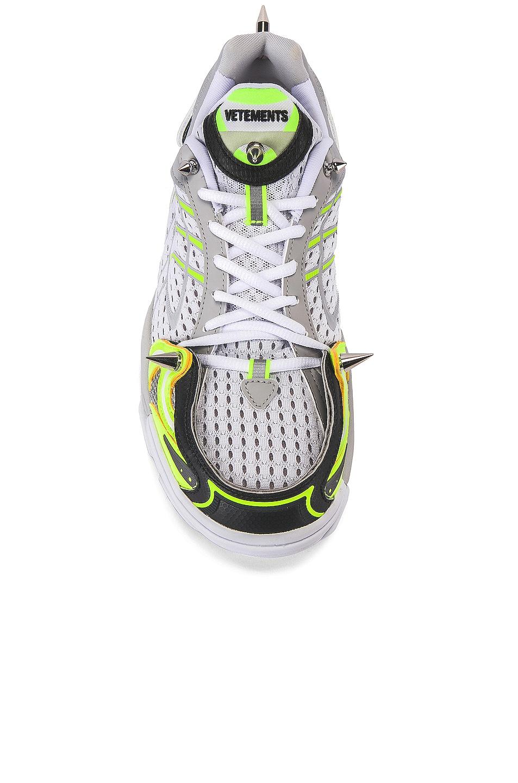Image 4 of VETEMENTS Spike Runner 400 Sneaker in Fluo Yellow