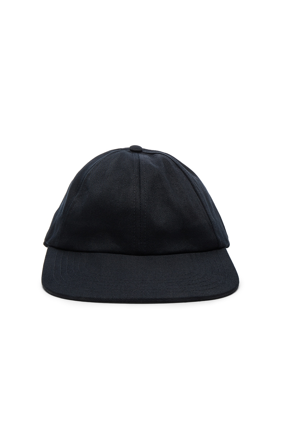 Logo Cap in Black VETEMENTS P64O2