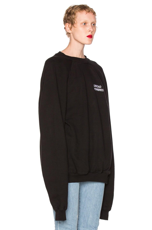 Image 3 of VETEMENTS Oversized Sweatshirt Unidad Hombres in Black