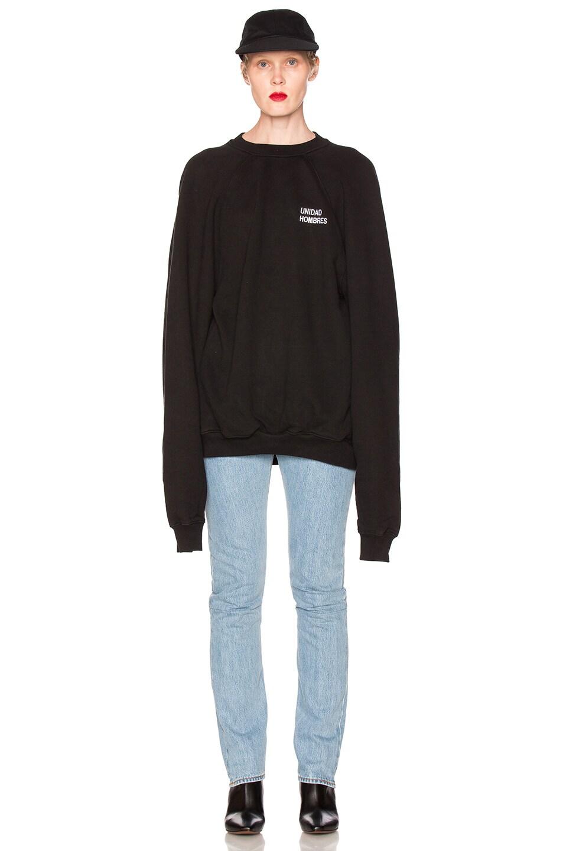 Image 6 of VETEMENTS Oversized Sweatshirt Unidad Hombres in Black