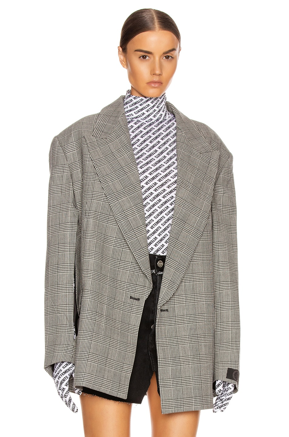 Image 2 of VETEMENTS Open Sleeve Jacket in Black & White Check