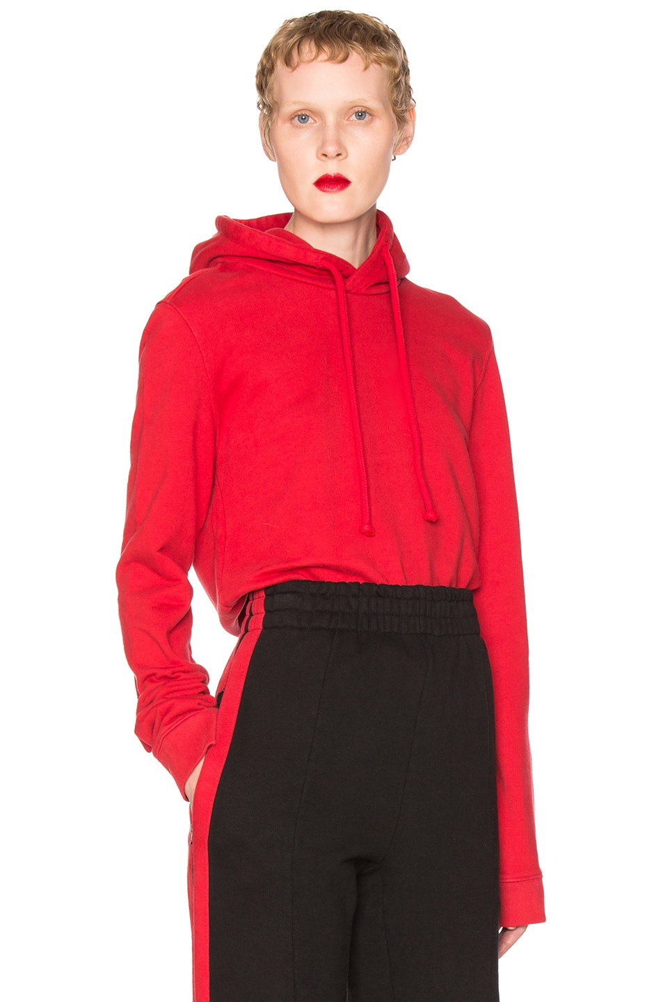 Image 1 of VETEMENTS Fitted Hoodie Gun Club in Red