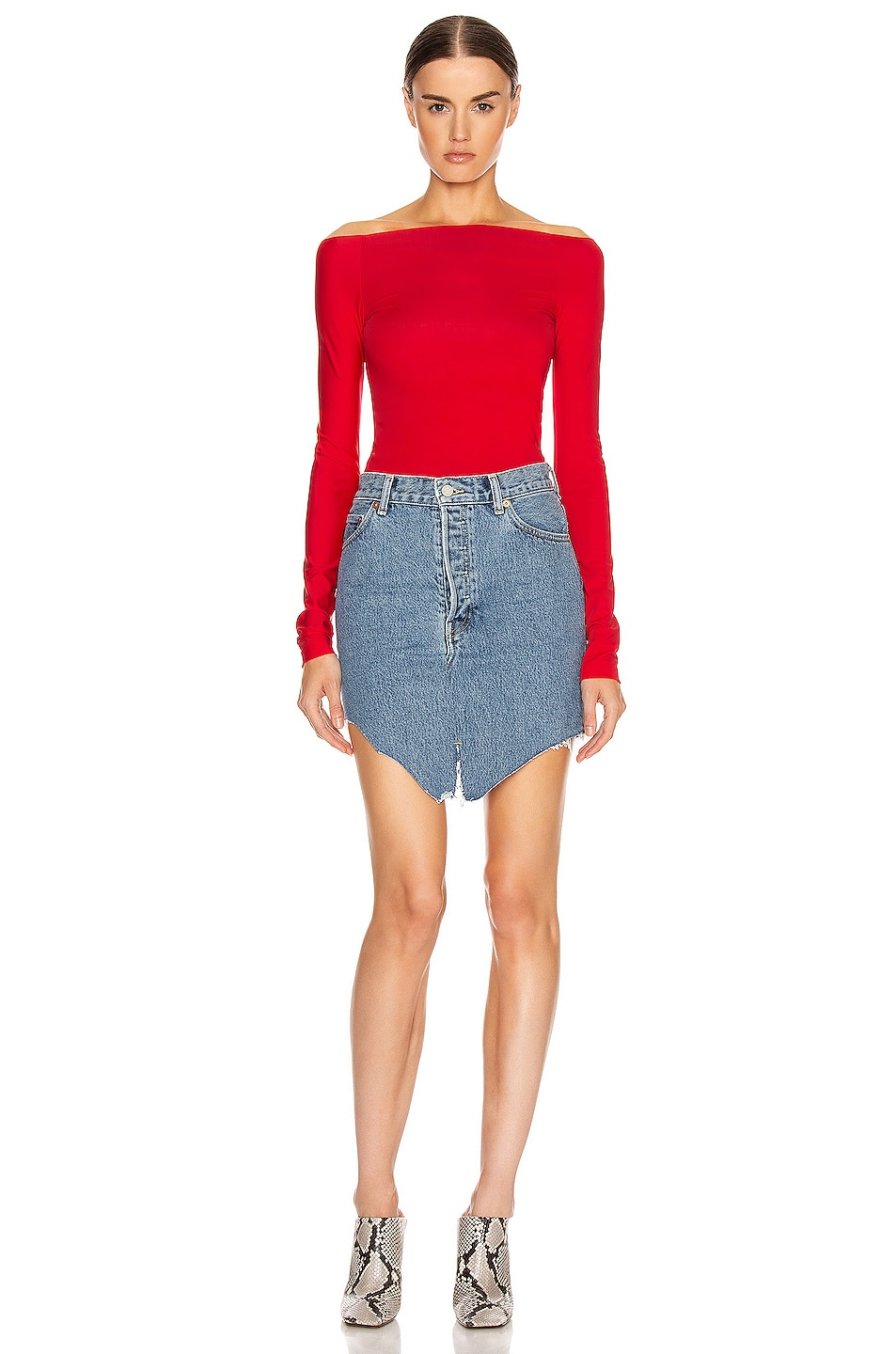 Image 4 of VETEMENTS Open Shoulder Top in Red