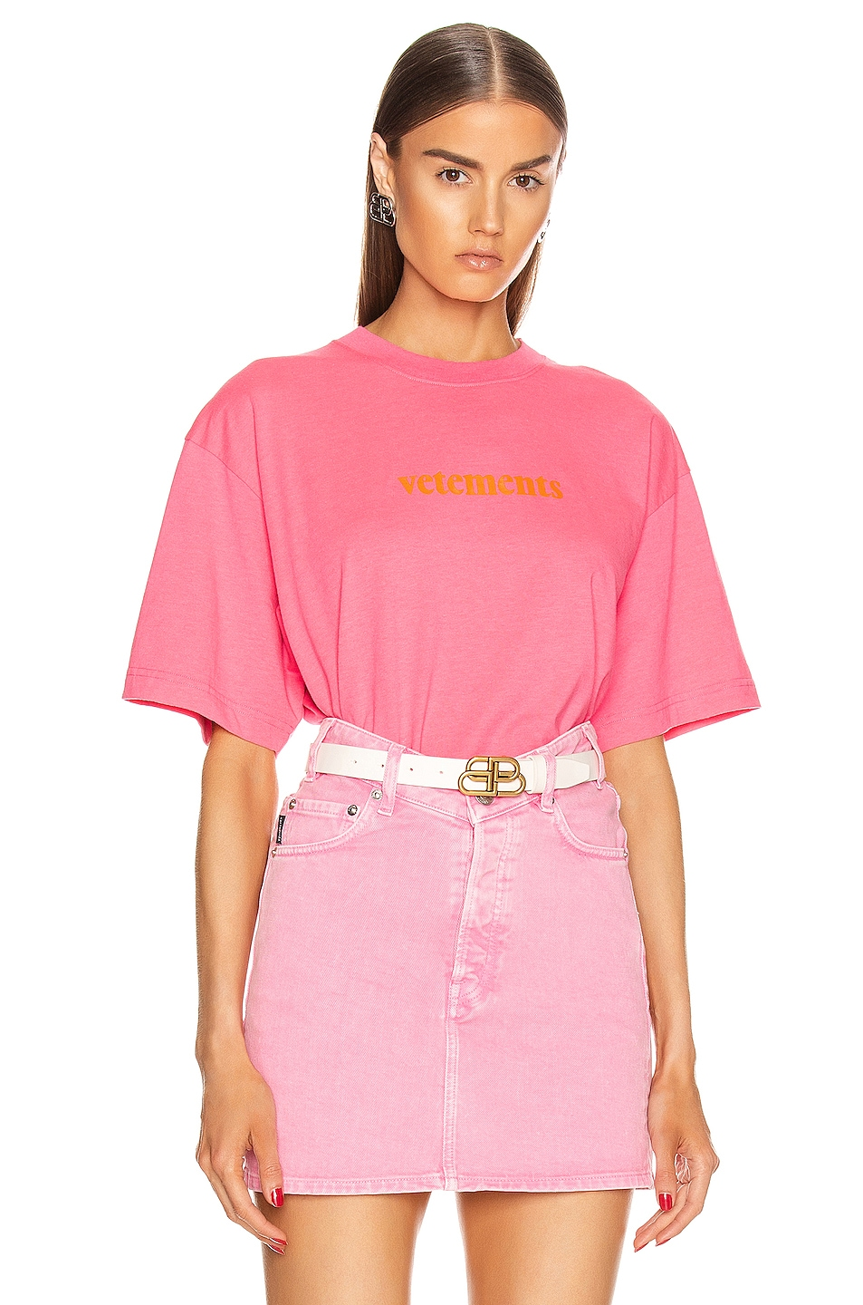 Image 1 of VETEMENTS Logo T Shirt in Fluo Pink
