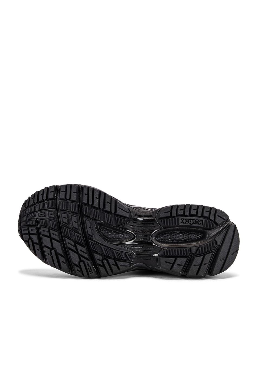 Image 6 of VETEMENTS Spike Runner 200 Sneakers in Black & Red