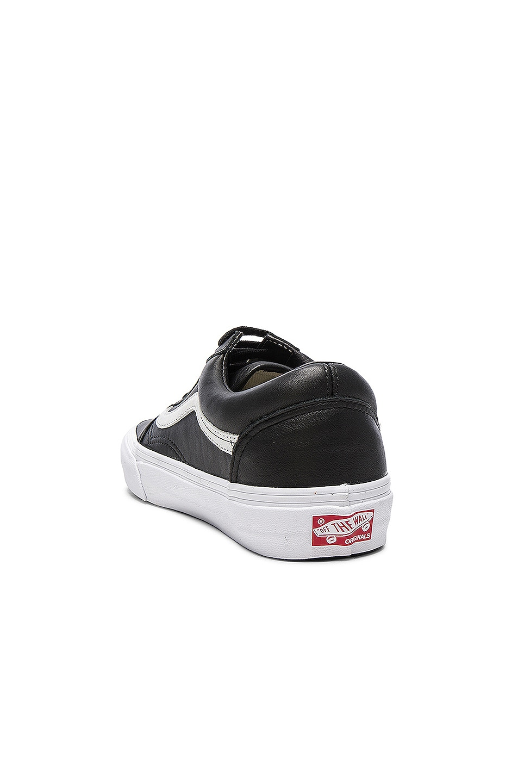 Image 3 of Vans Vault OG Leather Old Skool LX in Black