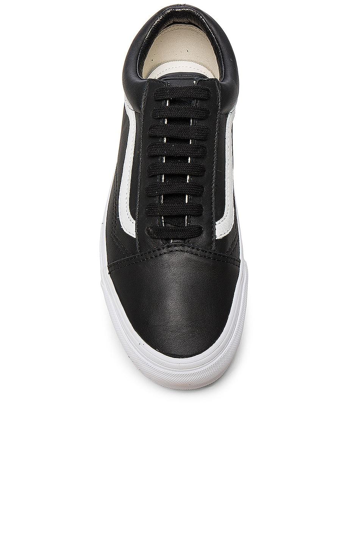 Image 4 of Vans Vault OG Leather Old Skool LX in Black