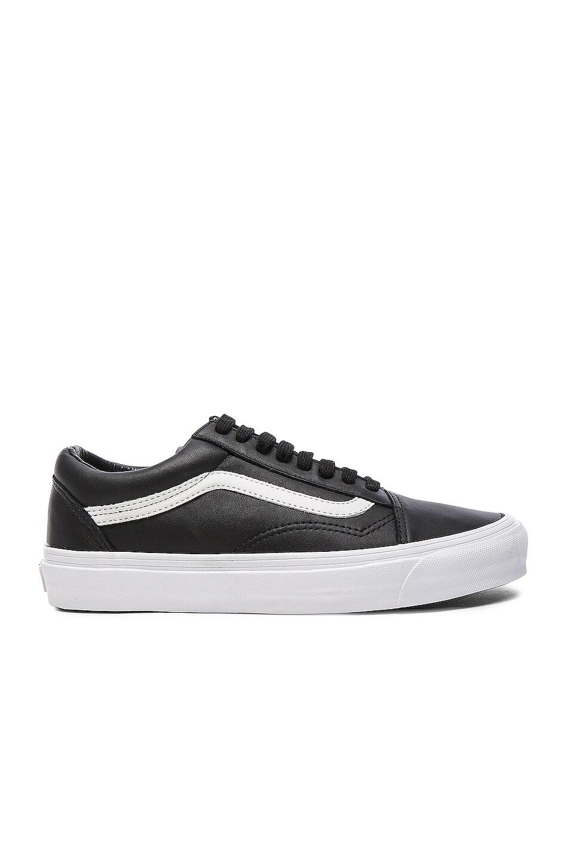 Image 1 of Vans Vault OG Leather Old Skool LX in Black