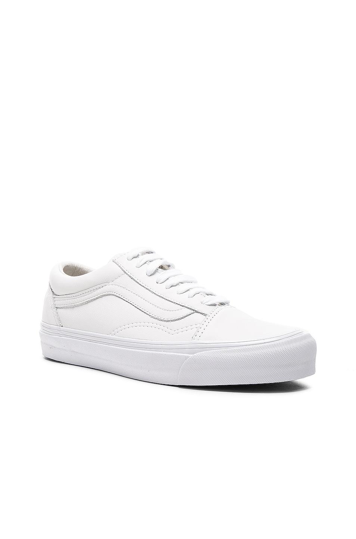 Image 2 of Vans Vault Leather OG Old Skool LX in White