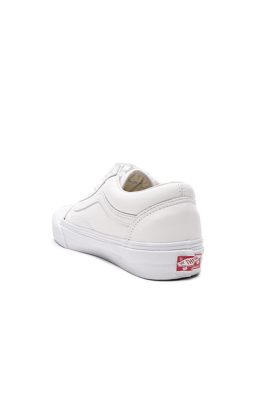 Image 3 of Vans Vault Leather OG Old Skool LX in White