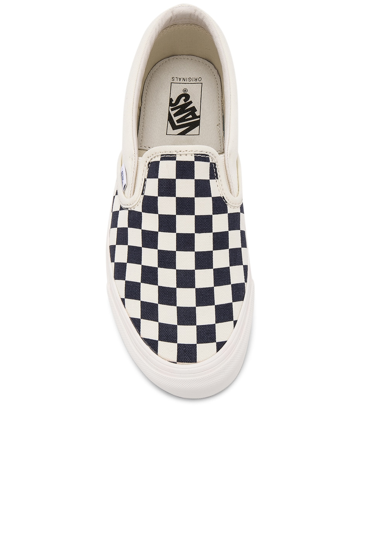 Image 4 of Vans Vault OG Classic Canvas Checkerboard Slip On LX in White & Navy