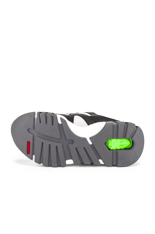 Image 6 of VERSACE Sneaker in Black & White & Silver