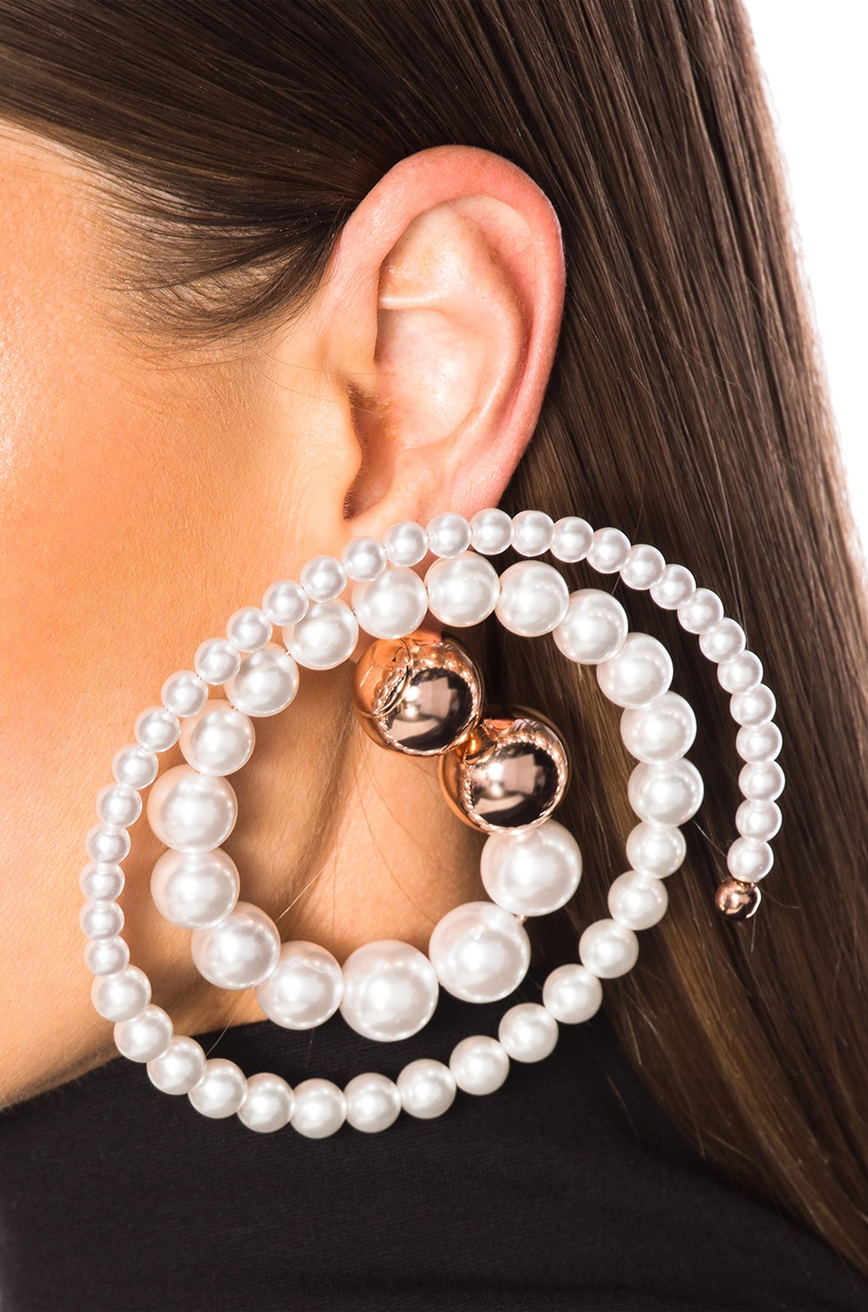 Image 4 of Y/Project Pearl Spiral Earrings in White