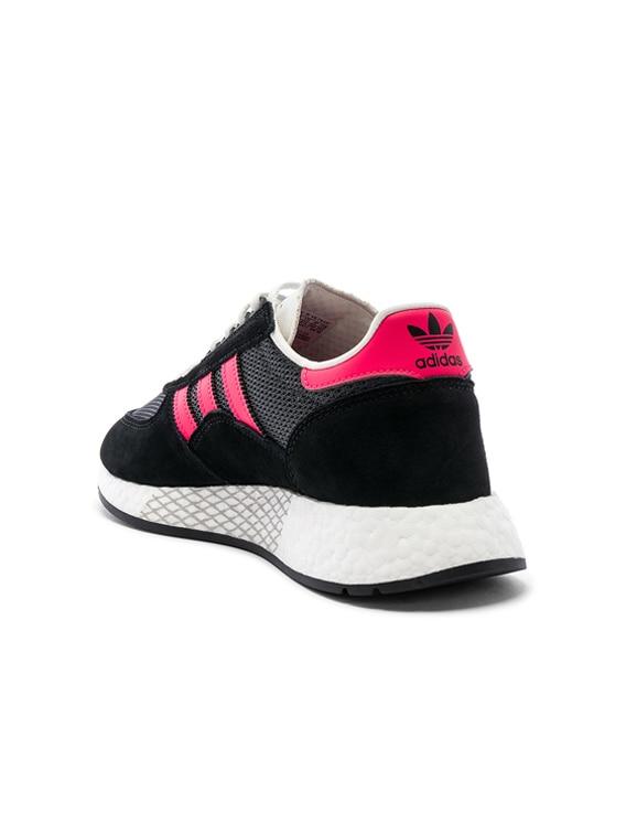 adidas Originals Marathon Tech carbon shored cblack