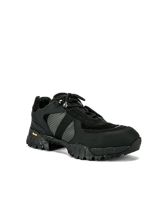 Low Hiking Boot in Black